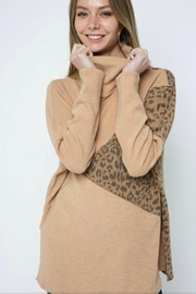 m2 Leopard Contrast Top - Front cropped