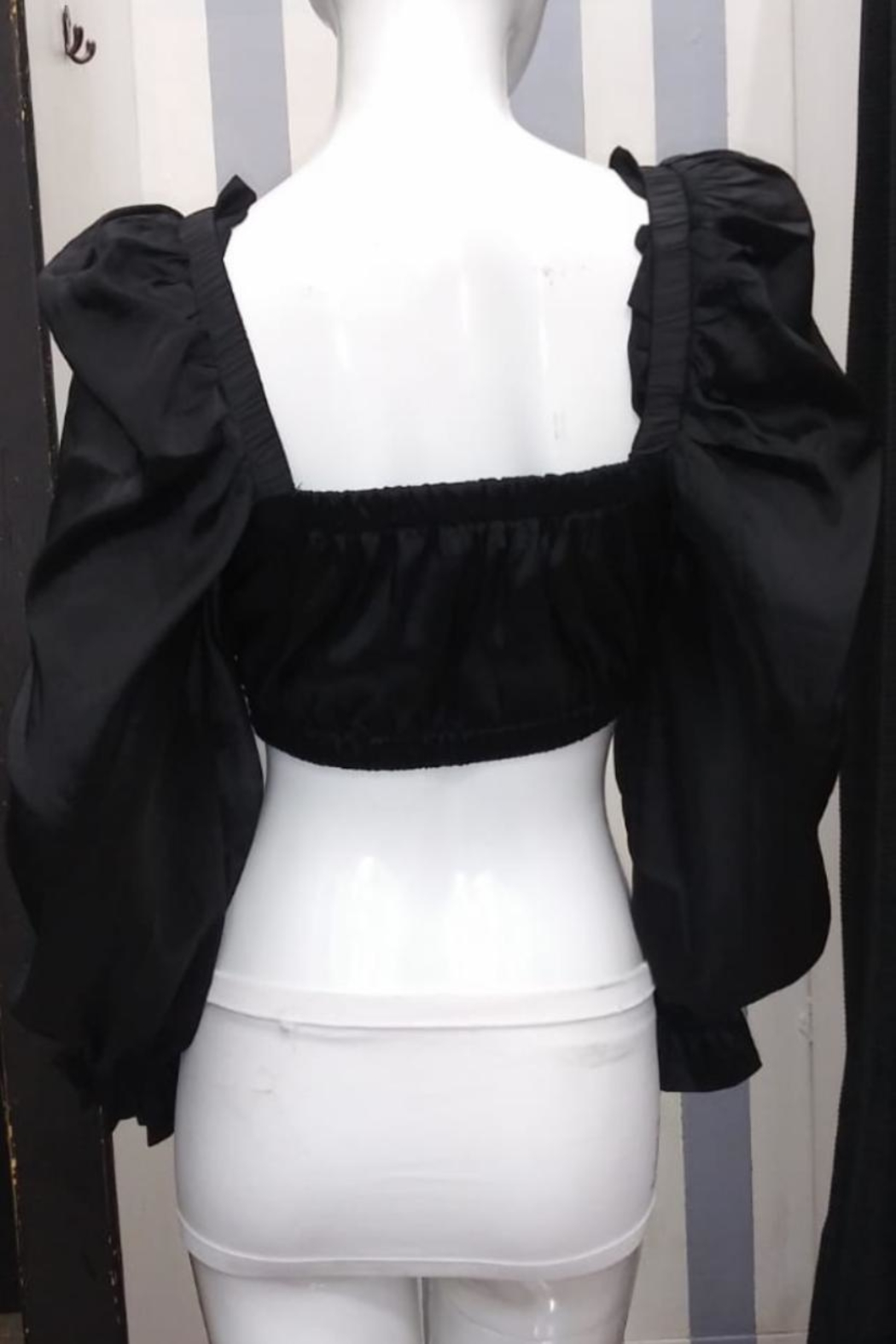 Mable Puff Shoulder Crop-Top - Front Full Image