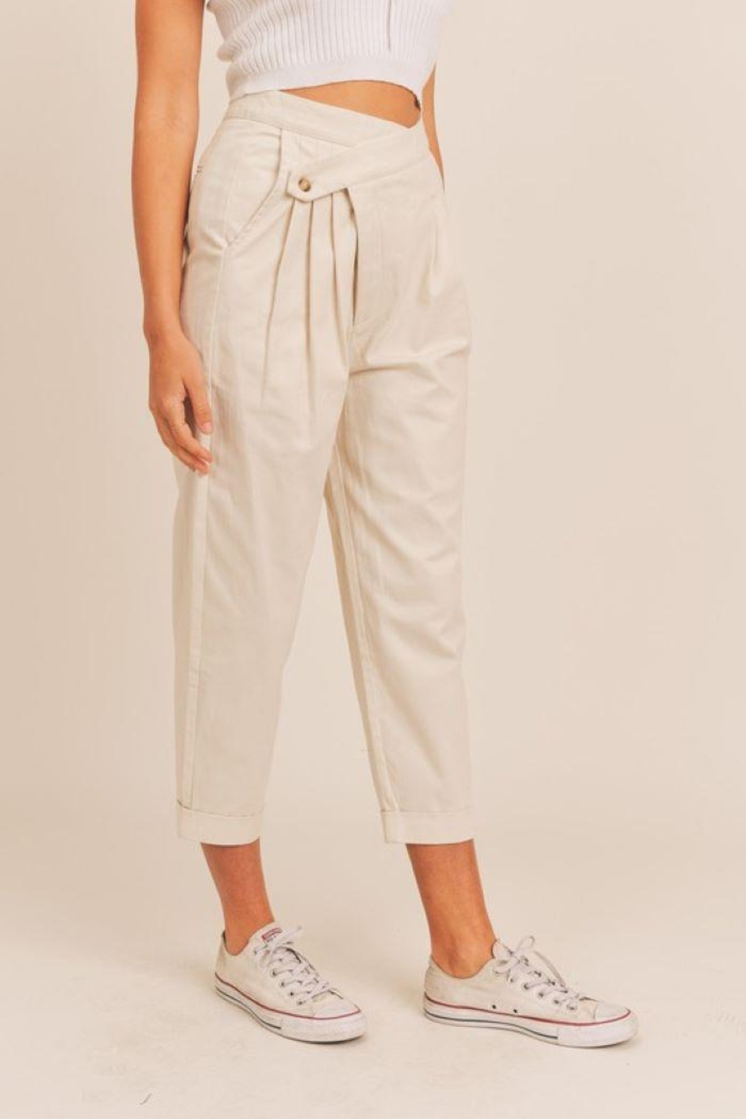 Mable Unbalance Button Cropped Pants - Side Cropped Image