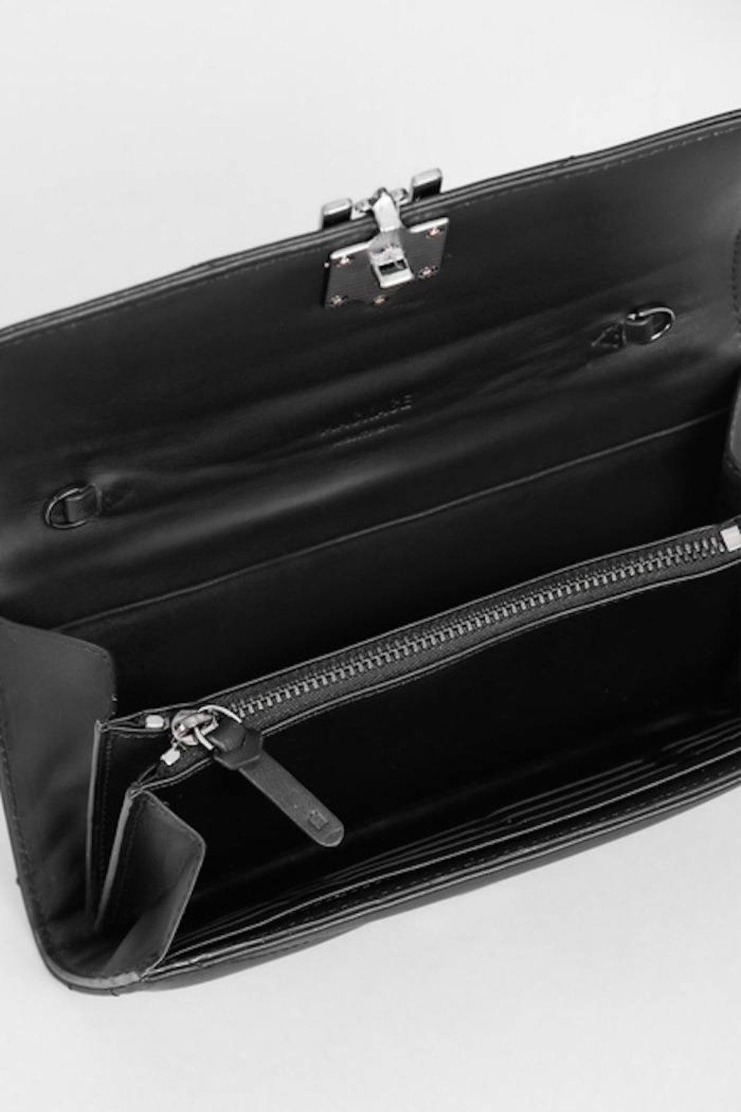 Mackage Anata-Q Leather Crossbody Wallet - Back Cropped Image