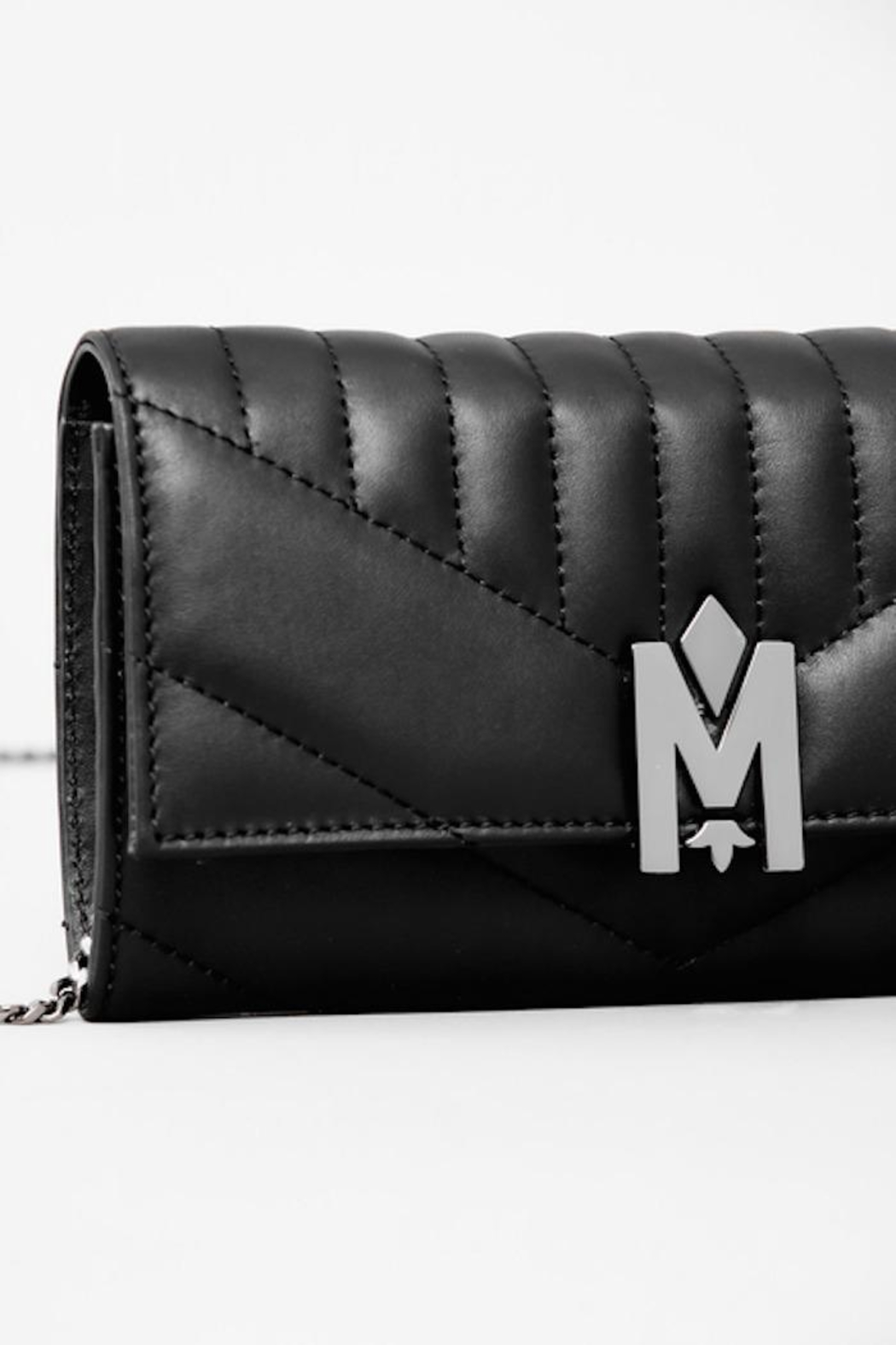 Mackage Anata-Q Leather Crossbody Wallet - Side Cropped Image