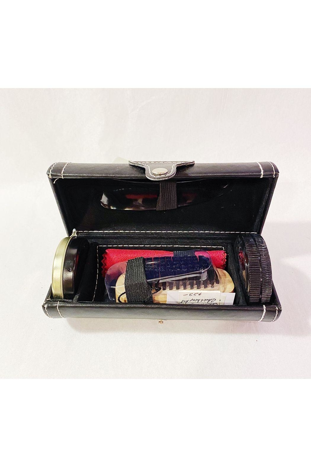 Mad Style Portable Shoe Shine Kit - Front Cropped Image