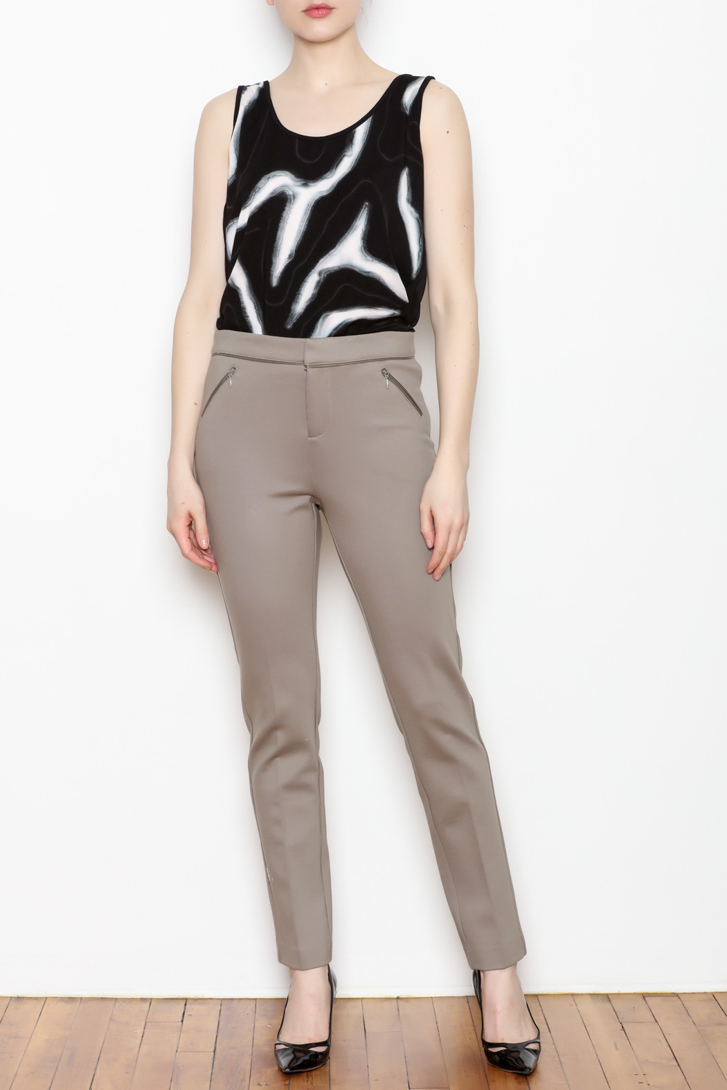 Tyler Boe Maddie Faux Leather Trim Pant - Side Cropped Image