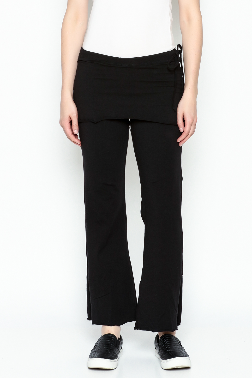 Made on Earth Skirted Crop Pant - Front Cropped Image