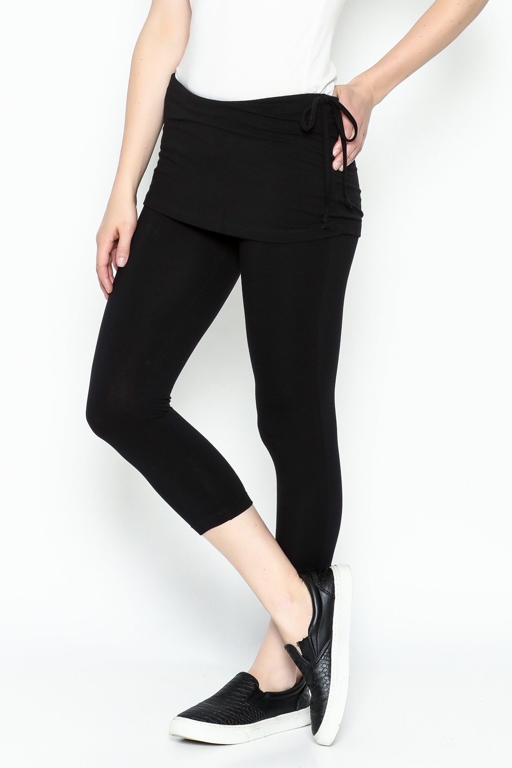 Made on Earth Skirted Legging - Side Cropped Image