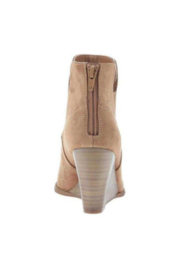 Madeline  Fantasyland Wedge Boot - New Tan - Front full body