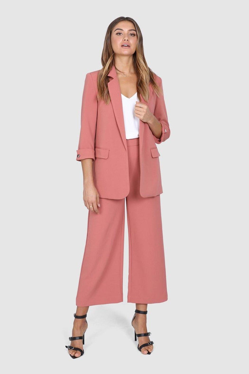 Madison the Label Essentials Blazer - Side Cropped Image