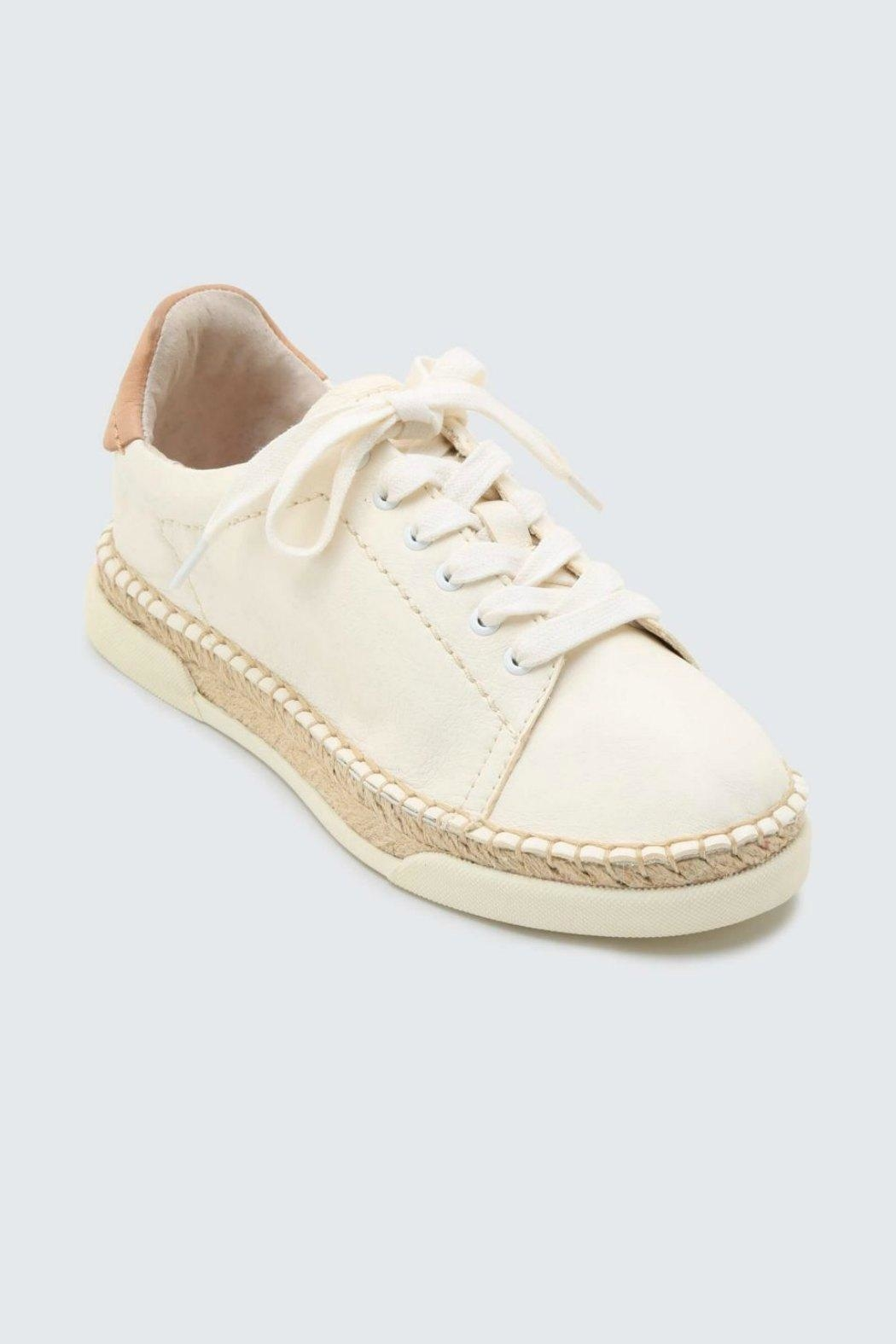 Dolce Vita Madox Leather Sneaker - Side Cropped Image