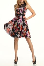 Maggy London Sleeveless Floral Dress - Product Mini Image