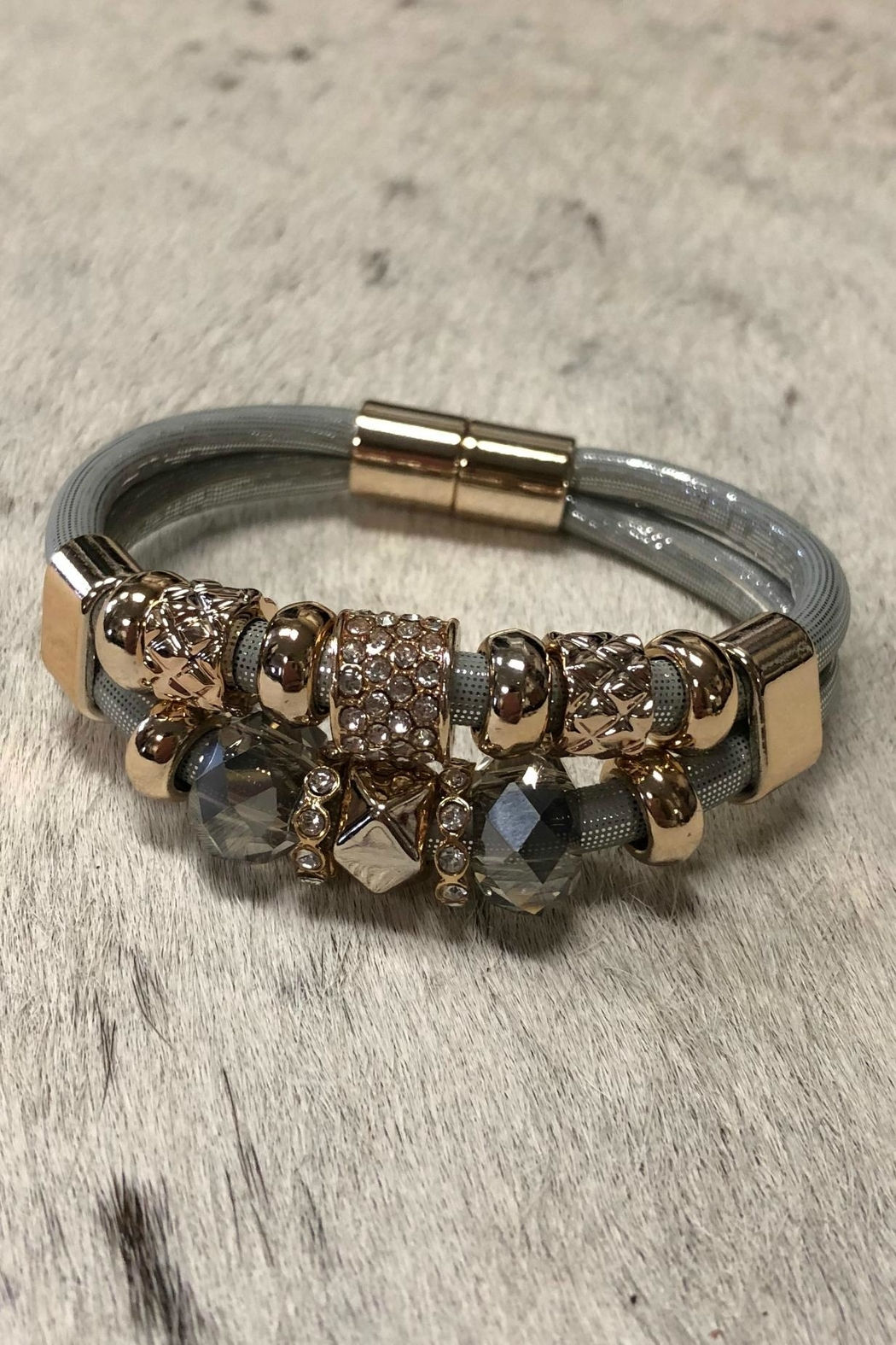 Giftcraft Inc.  Magnetic Bracelet - Front Cropped Image