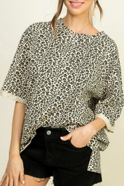 Main Strip Oversized Leopard Tee - Product Mini Image