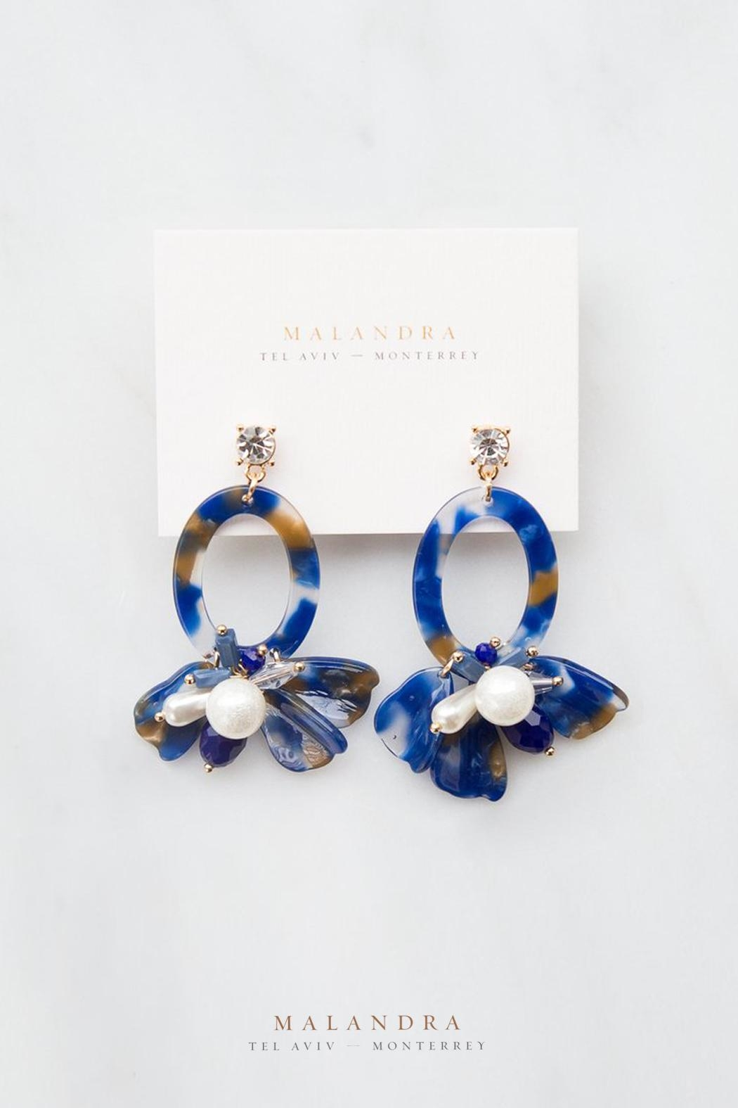 MALANDRA Jewelry Ella Navy Cluster - Front Cropped Image