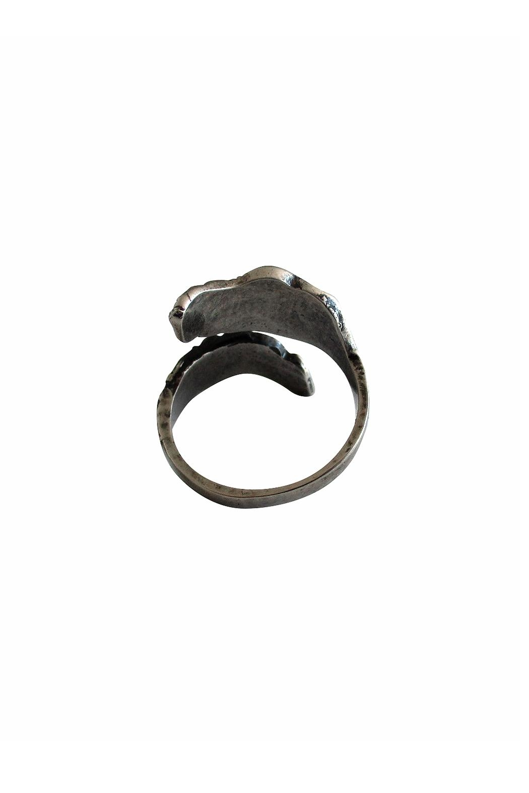 Malia Jewelry Black Double Leaf Ring - Side Cropped Image