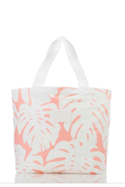 Aloha Collection Manoa Day Tripper - Front cropped