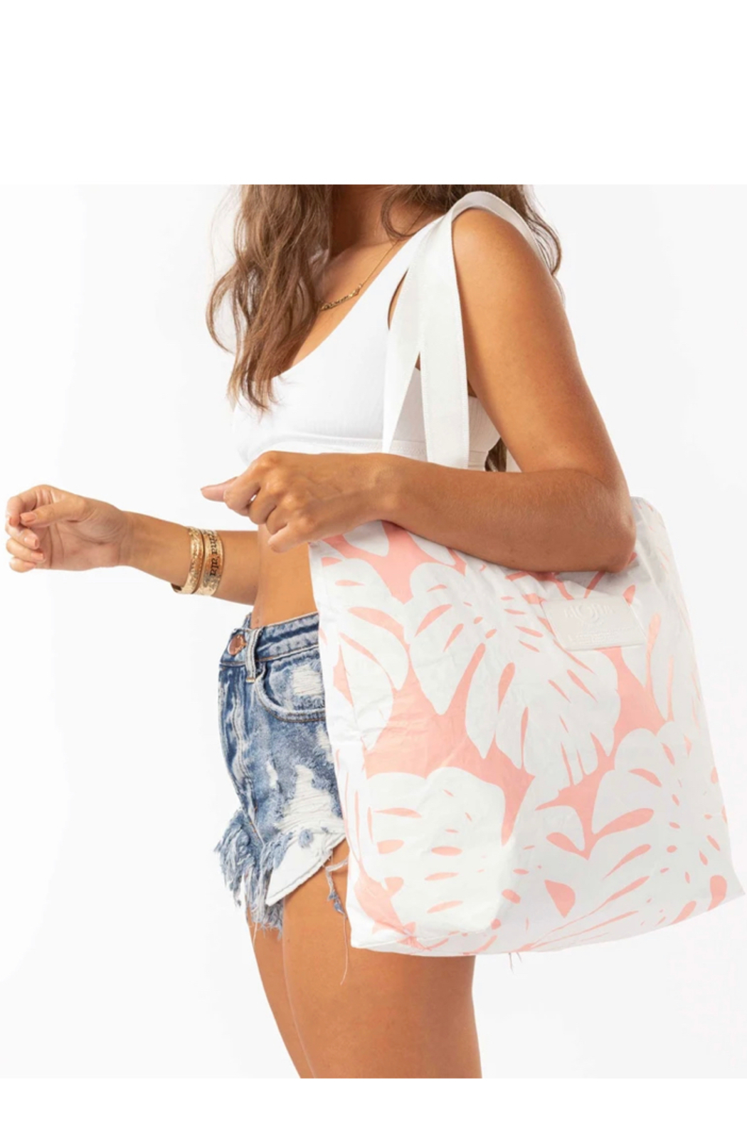 Aloha Collection Manoa Day Tripper - Front Full Image