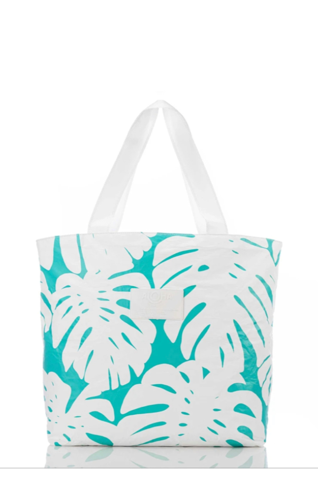 Aloha Collection Manoa Day Tripper - Front Cropped Image