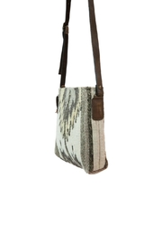 Manos Zapotecas Natural Chevrons Crossbody - Front full body