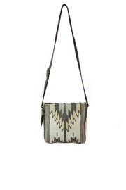 Manos Zapotecas Natural Chevrons Crossbody - Front cropped