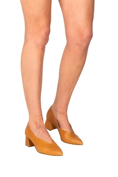 Manu Mari Sandstone Block-Heel Pumps - Alternate List Image