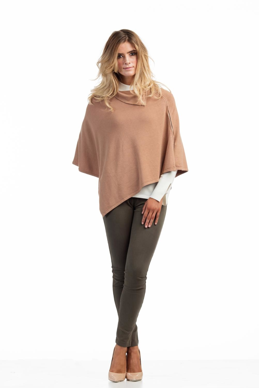 Marble Tan Poncho - Front Cropped Image