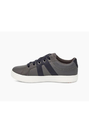 Ugg Marcus Sneaker Leather - Side cropped