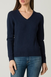 Margaret O'Leary Everyday Vee - Front cropped