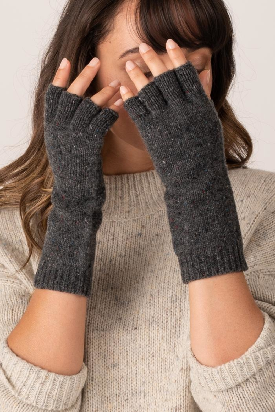 Margaret O'Leary Fingerless Gloves - Front Cropped Image