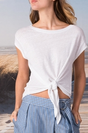 Margaret O'Leary Tie Front Tee - Front cropped