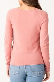Margaret O'Leary Vivian Fitted Vee - Side cropped