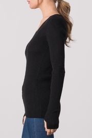 Margaret O'Leary Waffle Vee Neck Tee - Front full body
