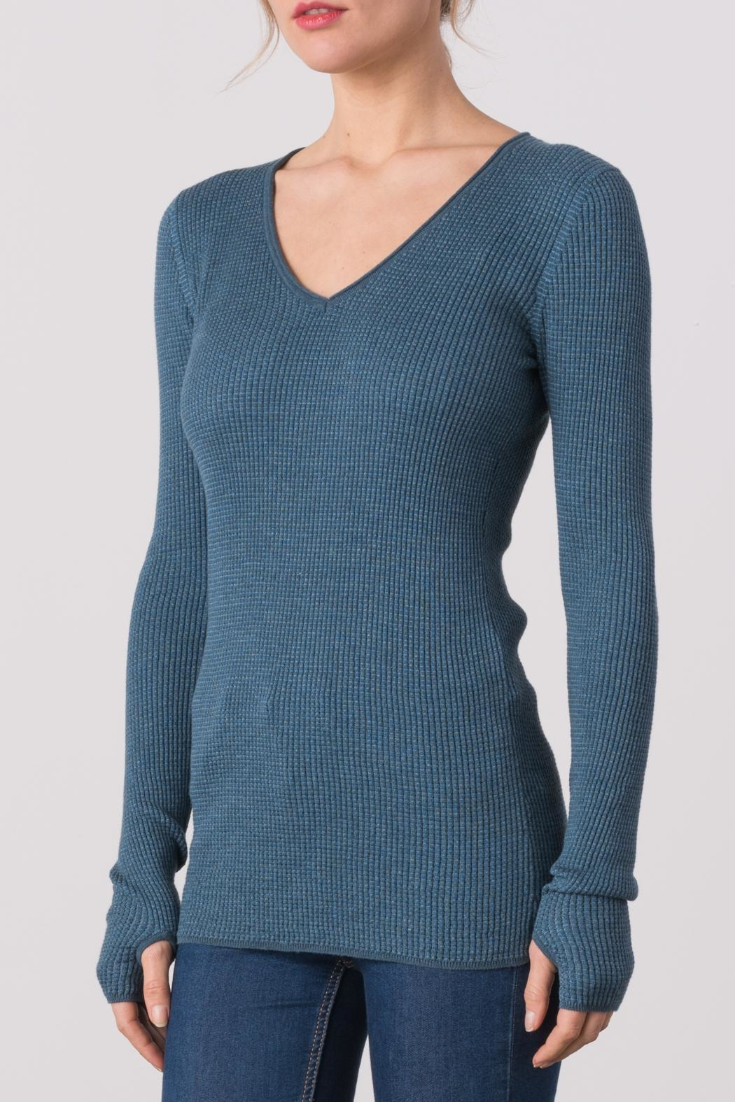 Margaret O'Leary Waffle Vee Neck Tee - Front Cropped Image