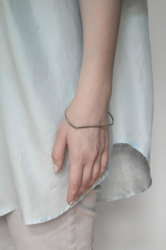 Maria Guenther Minimalistic Bangle Silver - Alternate List Image