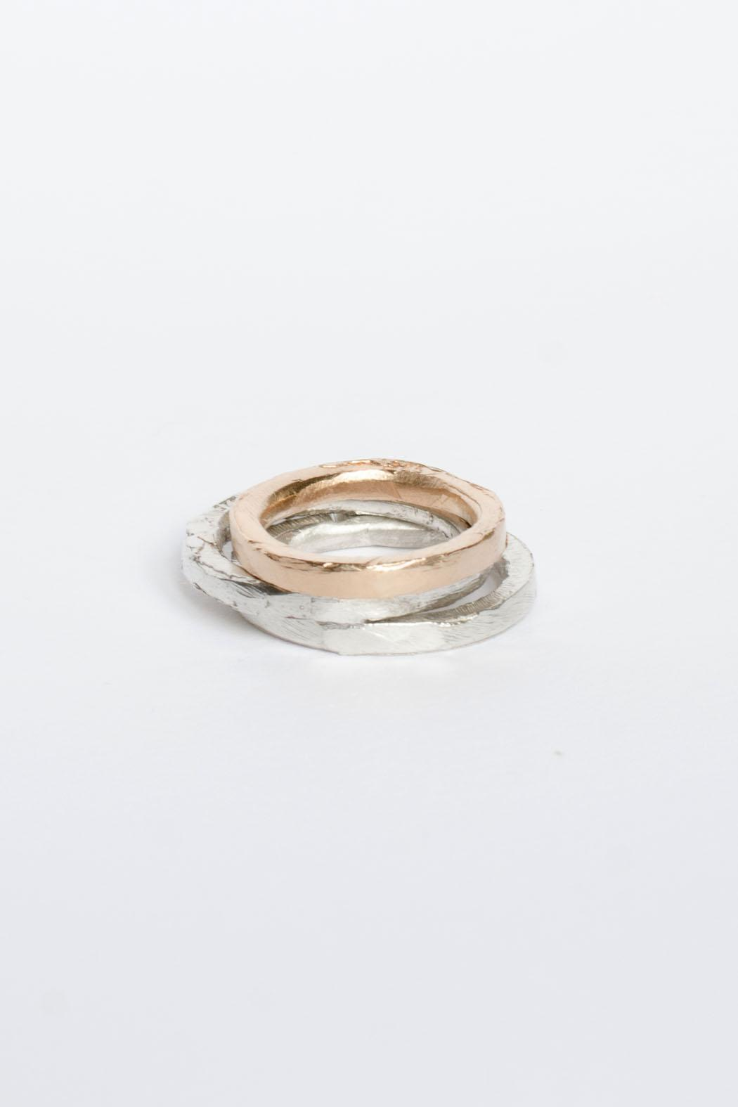 Maria Guenther Rosegold Sculpted Ring - Back Cropped Image
