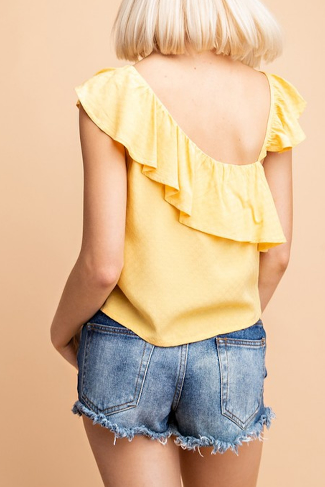 Le Lis Marisol Ruffled Top - Side Cropped Image