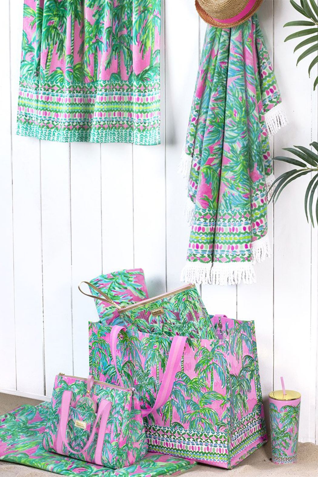 Lilly Pulitzer Market Carryall - Front Full Image