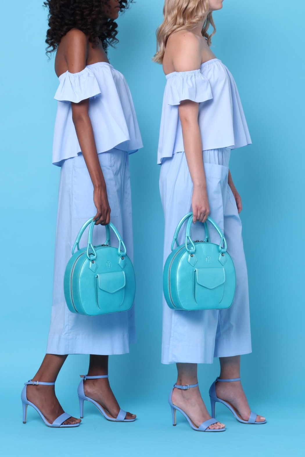Martella Bags Turquoise Leather Bag - Side Cropped Image