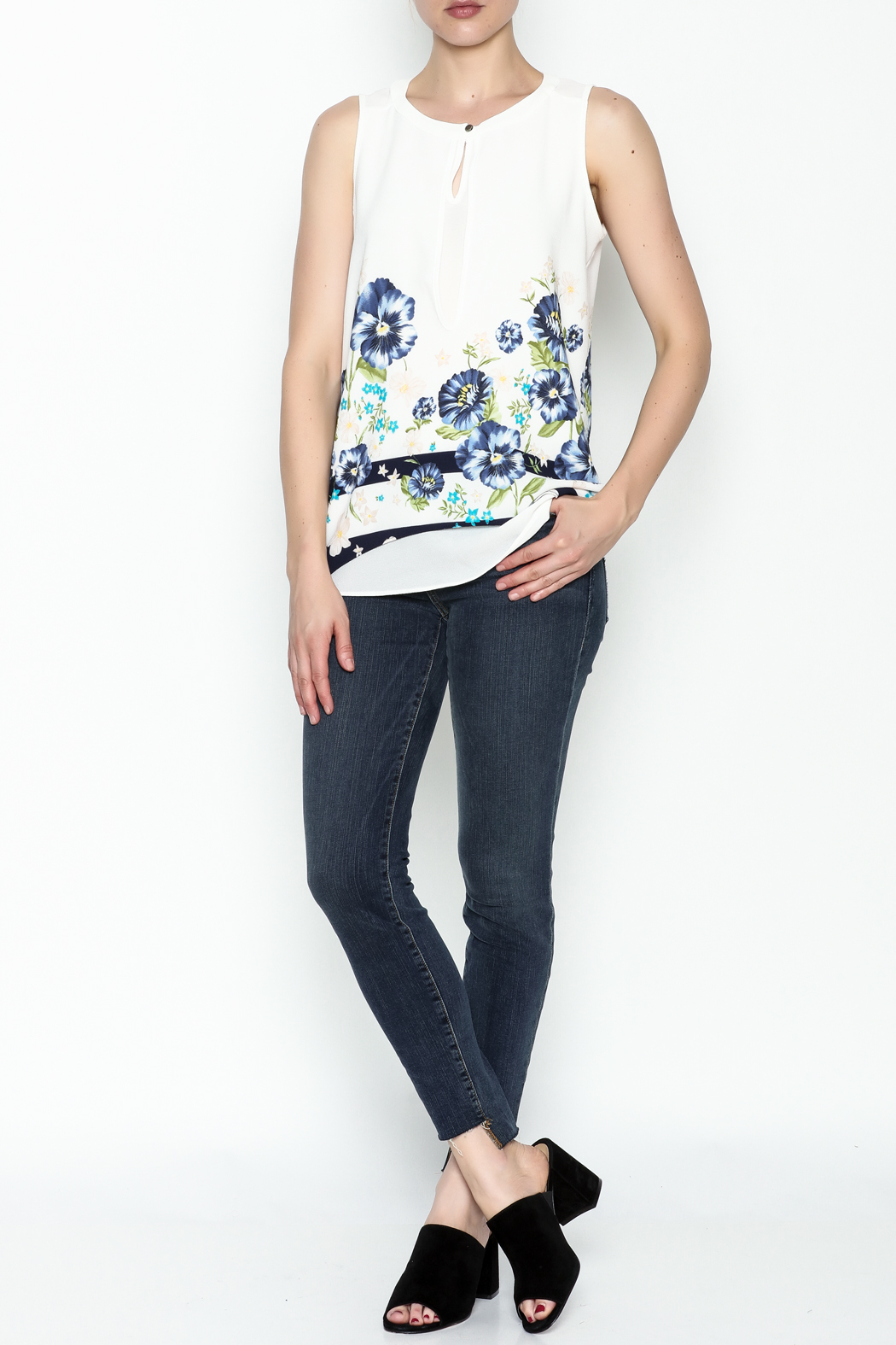 Marvy Fashion Flower Printed Top - Side Cropped Image