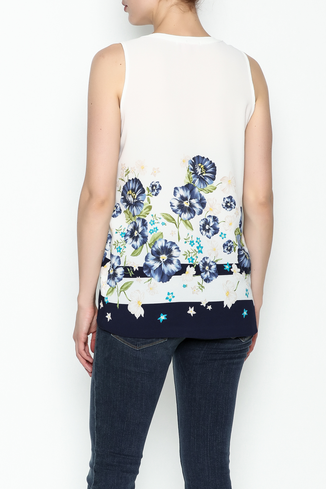 Marvy Fashion Flower Printed Top - Back Cropped Image
