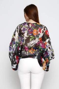 Marvy Fashion Flower Print Top - Alternate List Image