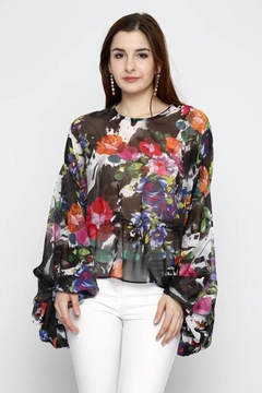 Marvy Fashion Flower Print Top - Product List Image