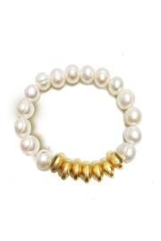 Mary Square Kiawah Freshwater-Pearl Bracelet - Front cropped