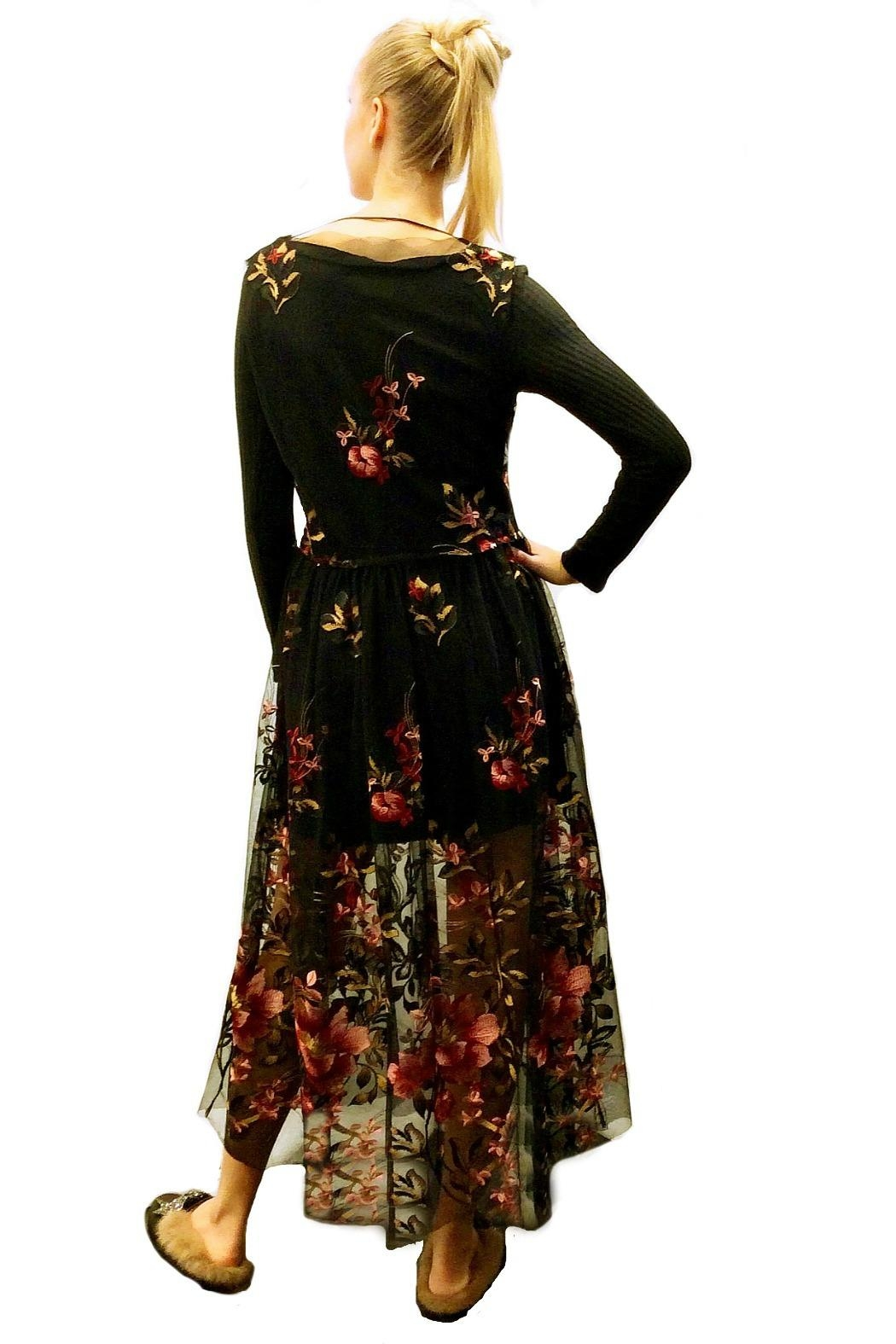 Maryley Floral Embroidery Maxi - Side Cropped Image