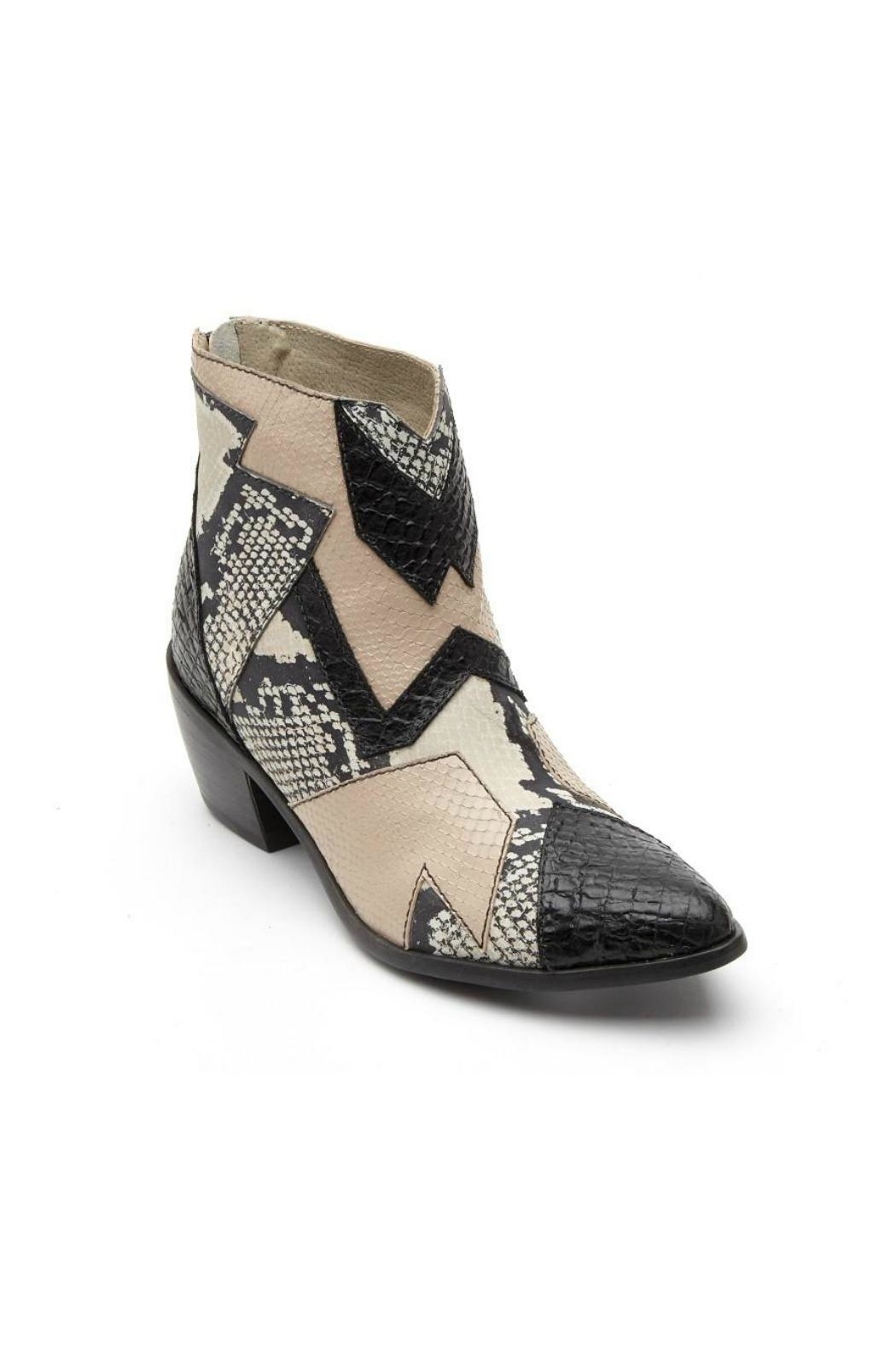Matisse Last Call Bootie - Side Cropped Image
