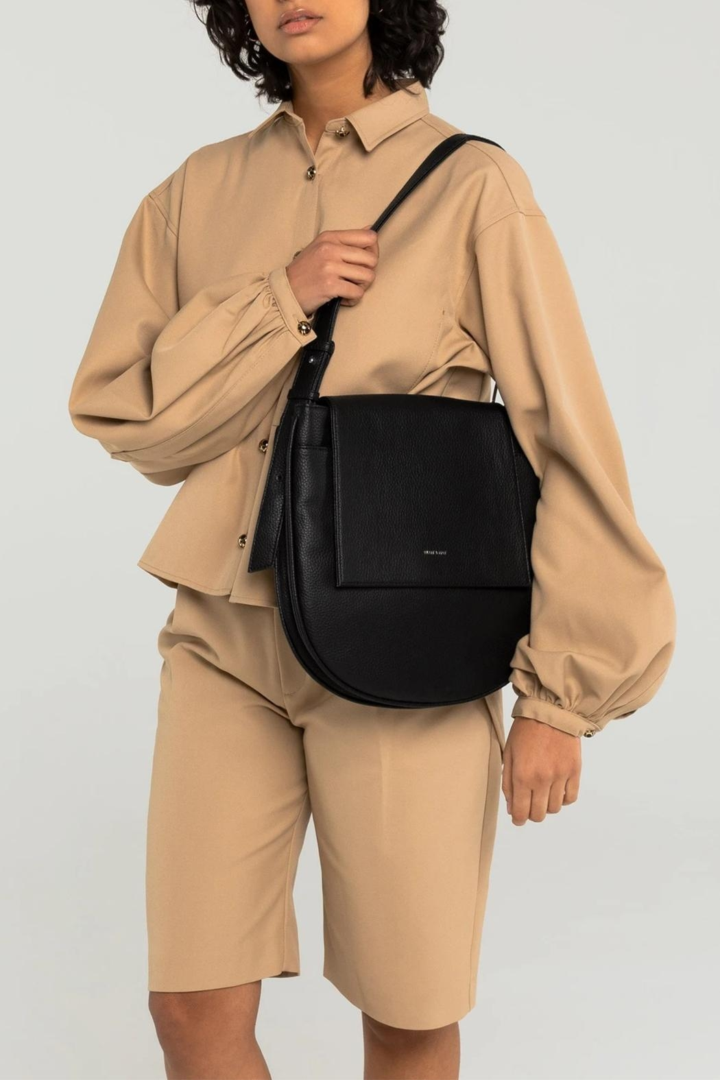 Matt & Nat Match Shoulder Bag - Side Cropped Image