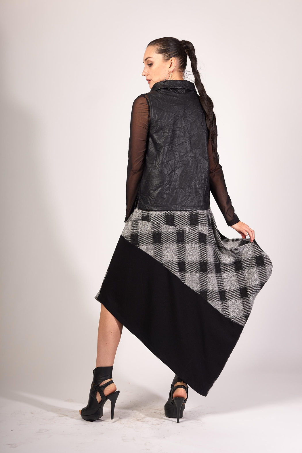 Matti Mamane Asymmetrical Black And Checker Grey Skirt - Side Cropped Image