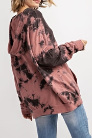 143 Story MAUVE COLOR CLOUD TIE DYE TOP WITH HOODIE - Side cropped