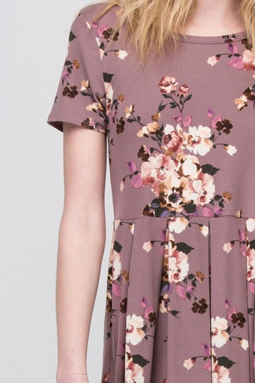 Les Amis Mauve-Floral Pocket Dress - Back Cropped Image
