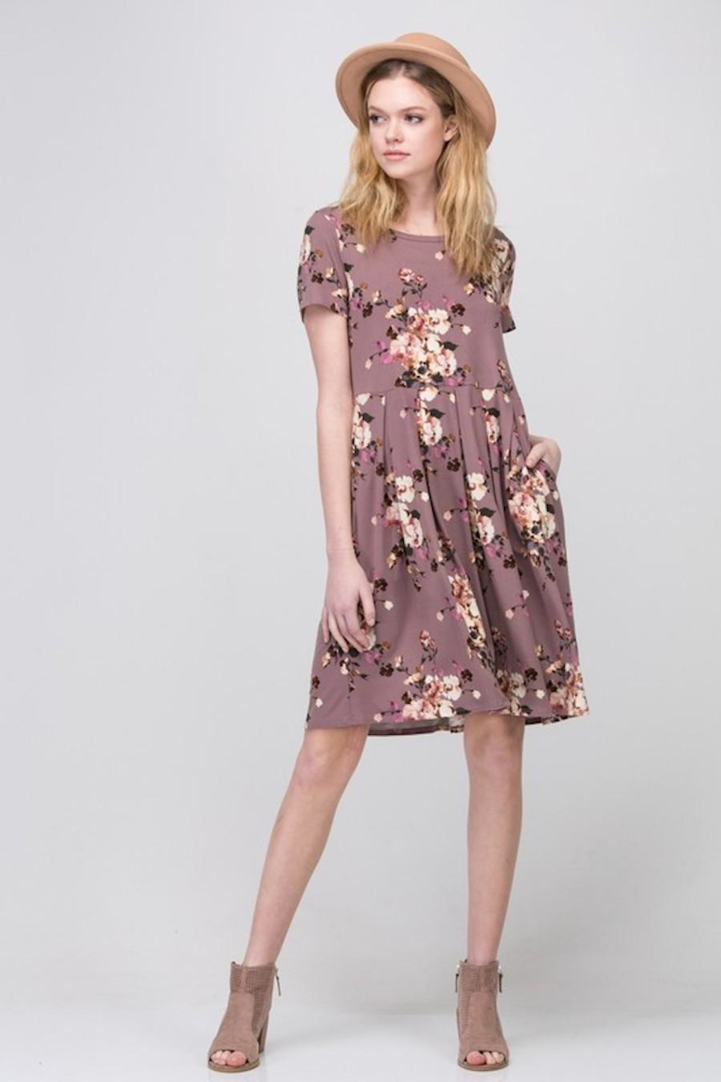 Les Amis Mauve-Floral Pocket Dress - Front Cropped Image