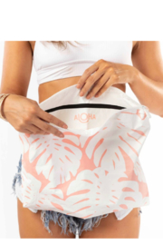 Aloha Collection MAX Manoa Pouch - Front cropped