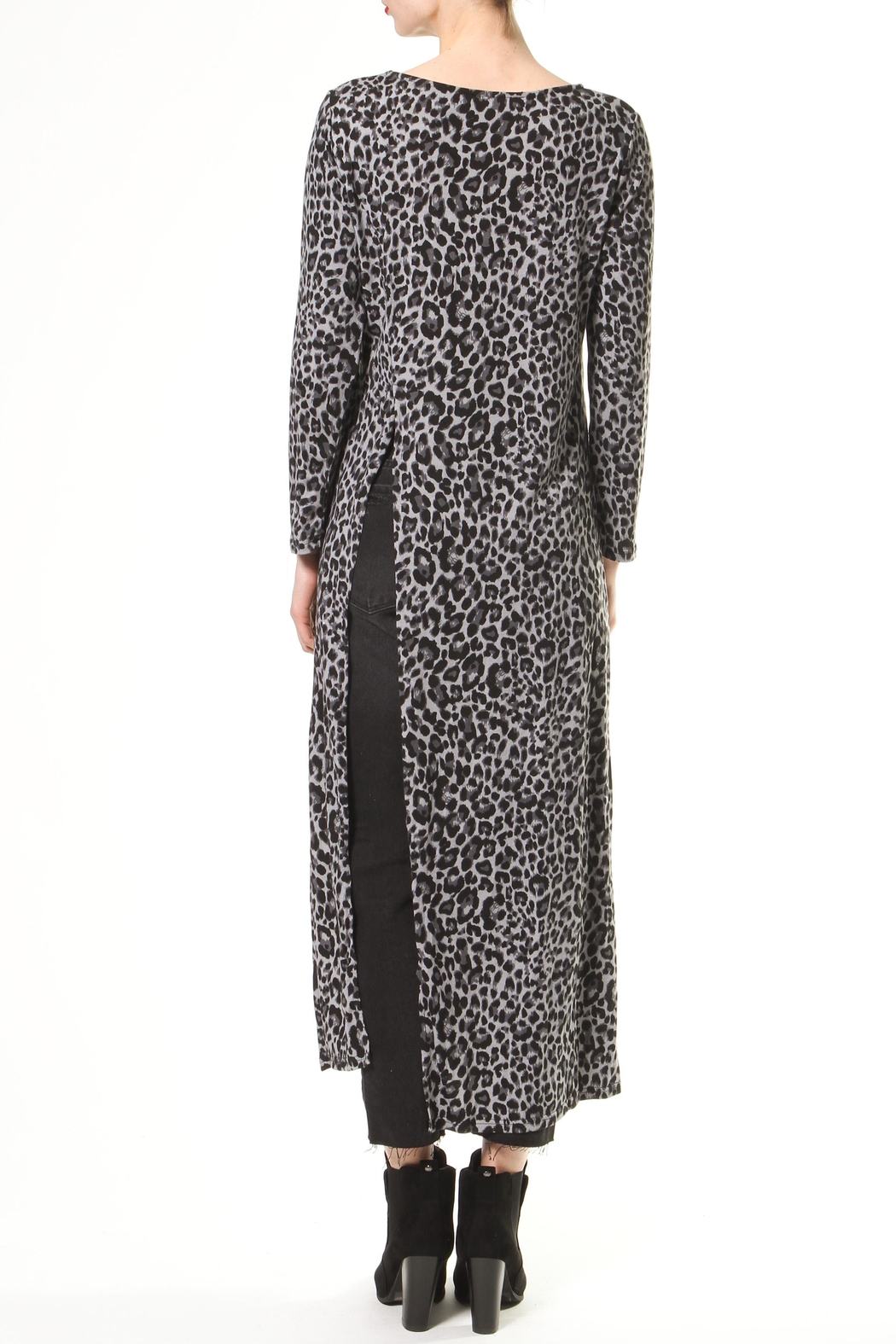 Madonna & Co Maxi Knit Tunic - Side Cropped Image